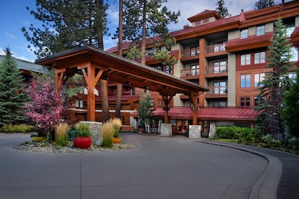 Hotel Entrance | Grand Residences by Marriott, Tahoe - 1 to 3 bedrooms & Pent