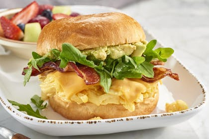 Breakfast Meal | Courtyard by Marriott Cleveland University Circle