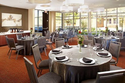 Meeting Facility | Courtyard by Marriott Cleveland University Circle