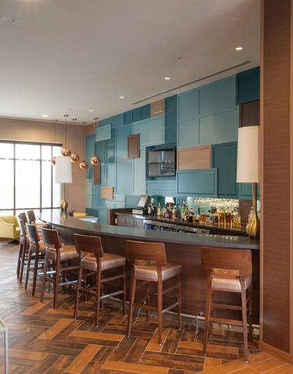 Hotel Bar | SpringHill Suites by Marriott Midland Odessa