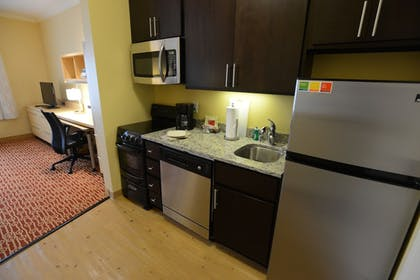 In-Room Kitchen   TownePlace Suites Bowling Green