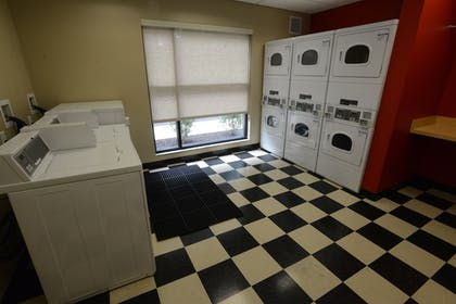 Laundry Room   TownePlace Suites Bowling Green