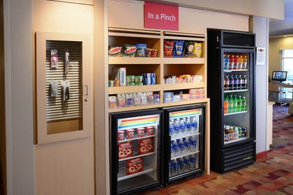 Snack Bar | TownePlace Suites by Marriott Galveston Island