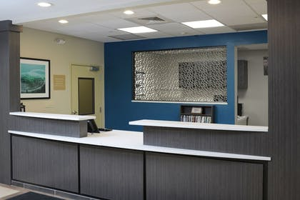Lobby | Candlewood Suites Odessa