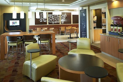 Lobby | Towneplace Suites by Marriott Saginaw