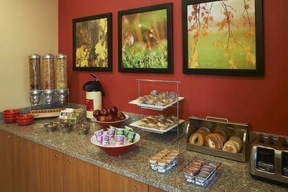 Restaurant | Towneplace Suites by Marriott Saginaw
