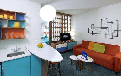 | Family Suite - Interior Entry | Universal's Cabana Bay Beach Resort