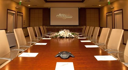 Meeting Facility | Provident Luxury Suites Fisher Island