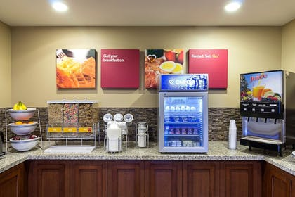 Breakfast Area   Comfort Suites and Conference Center