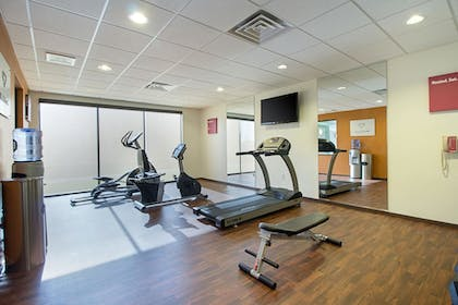 Fitness Facility   Comfort Suites and Conference Center