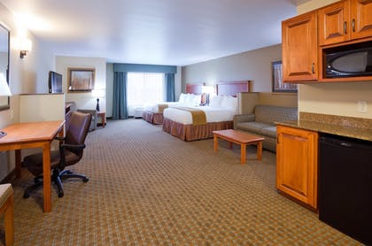 Guestroom | Holiday Inn Express Hotel & Suites Minneapolis SW - Shakopee