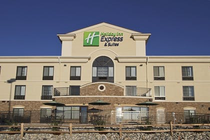 Exterior | Holiday Inn Express & Suites Colorado Springs First & Main