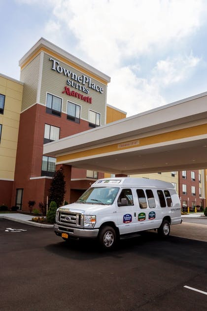 Airport Shuttle | TownePlace Suites Buffalo Airport
