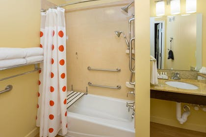 Guestroom | TownePlace Suites Buffalo Airport