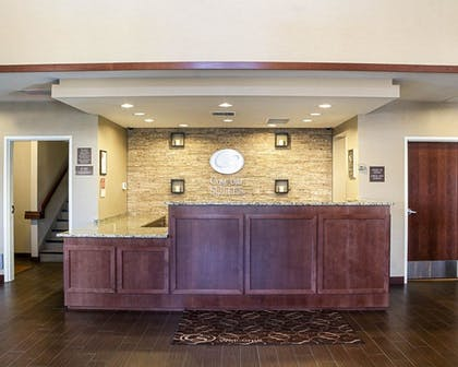 Lobby | Comfort Suites Medical Center