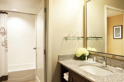 Bathroom | Residence Inn by Marriott Boston Back Bay/Fenway
