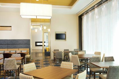 Restaurant | Residence Inn by Marriott Boston Back Bay/Fenway