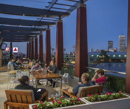Sports Bar | Residence Inn by Marriott Boston Back Bay/Fenway
