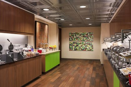 Breakfast Area | Residence Inn by Marriott Boston Downtown/Seaport