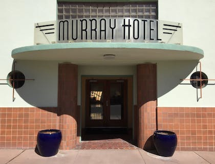 Hotel Entrance | Murray Hotel