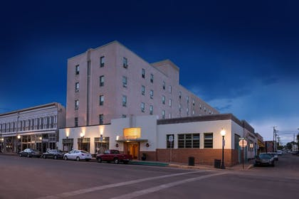 Hotel Front - Evening/Night | Murray Hotel