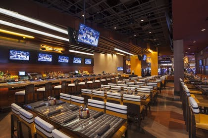 Sports Bar | Twin Arrows Navajo Casino Resort