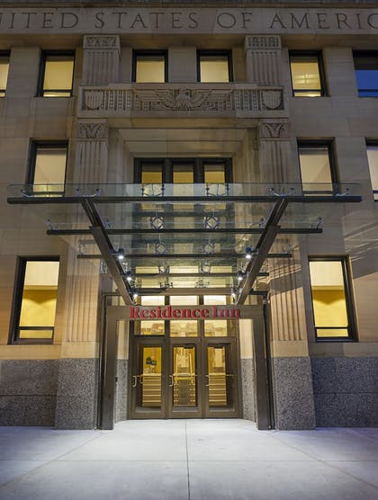 Hotel Front - Evening/Night | Residence Inn by Marriott Omaha Downtown/Old Market Area