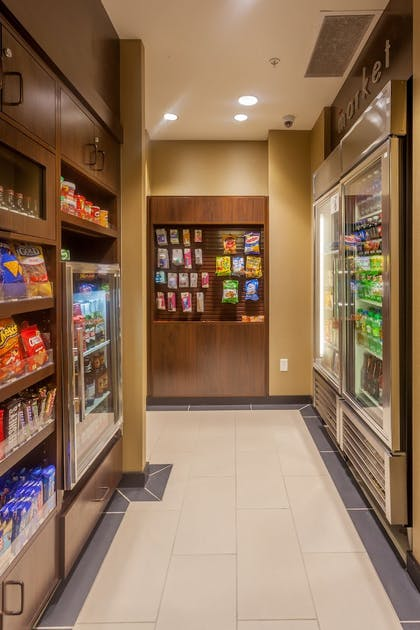 Snack Bar | Residence Inn by Marriott Omaha Downtown/Old Market Area