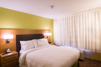Guestroom | TownePlace Suites Roswell