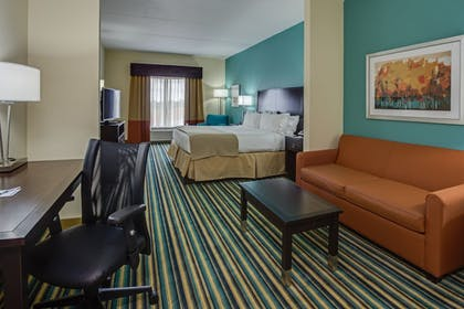 Room |  | Holiday Inn Express & Suites Orlando East - UCF Area