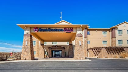 Exterior | Best Western Plus Seminole Hotel & Suites