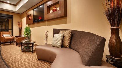 Lobby | Best Western Plus Seminole Hotel & Suites