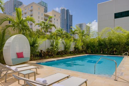 Pool | Aloft Miami - Brickell