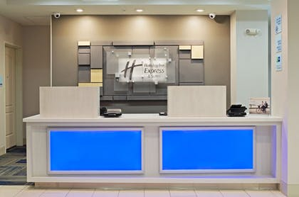 Reception | Holiday Inn Express Hotel & Suites Phoenix North Scottsdale