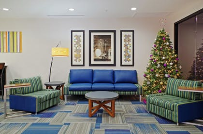Lobby Sitting Area | Holiday Inn Express Hotel & Suites Phoenix North Scottsdale
