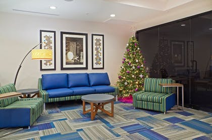 Interior Detail | Holiday Inn Express Hotel & Suites Phoenix North Scottsdale