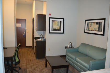 Guestroom | Holiday Inn Express Hotel & Suites Selinsgrove