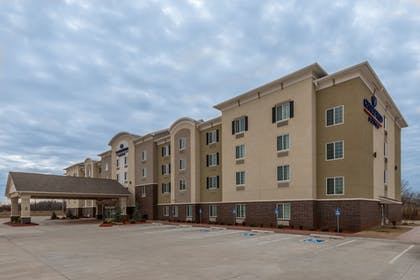 Featured Image | Candlewood Suites Midwest City