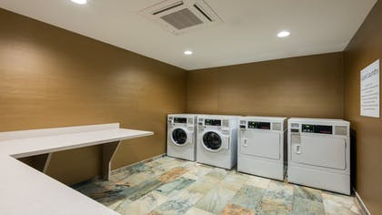 Laundry Room | Holiday Inn Express Hotel & Suites Butte