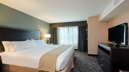 Guestroom | Holiday Inn Express Hotel & Suites Butte