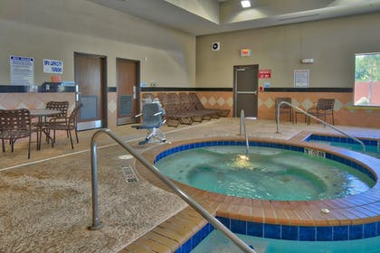Indoor Spa Tub   Holiday Inn Express Hotel & Suites Lubbock South