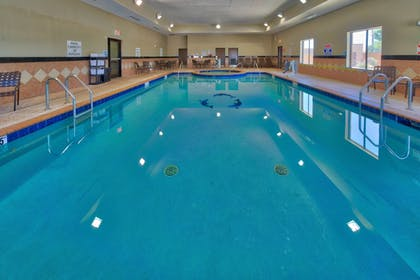Pool   Holiday Inn Express Hotel & Suites Lubbock South