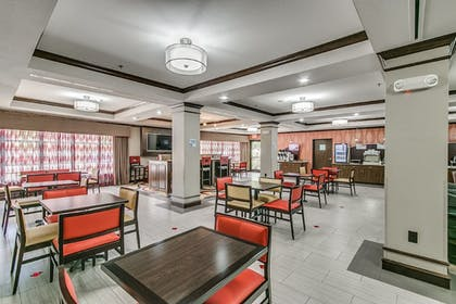 Restaurant | Holiday Inn Express Hotel & Suites Lubbock South