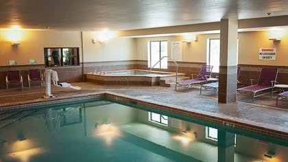 Pool | Holiday Inn Express & Suites Wichita Northeast