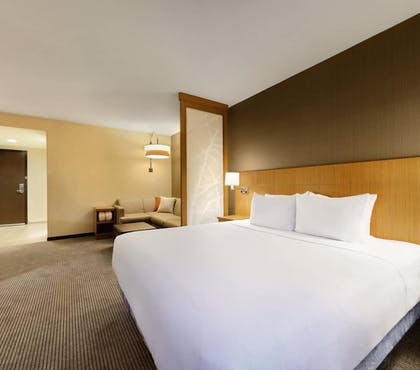 Guestroom | Hyatt Place Charlotte Downtown