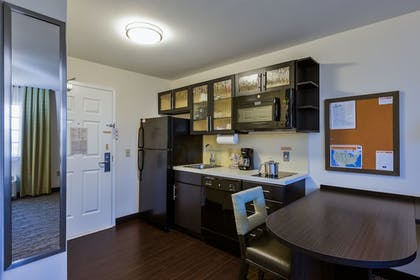 In-Room Dining | Candlewood Suites Tucson
