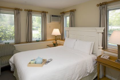 Guestroom | The Villages at Ocean Edge
