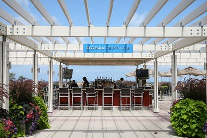 Dining | The Villages at Ocean Edge