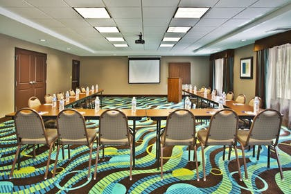 Meeting Facility | Holiday Inn Express Hastings