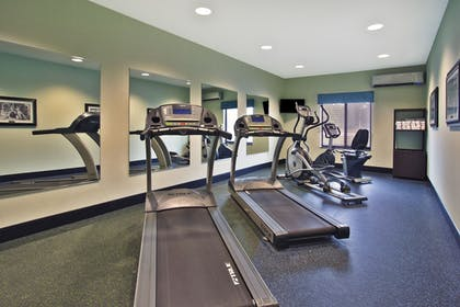 Fitness Facility | Holiday Inn Express Hastings